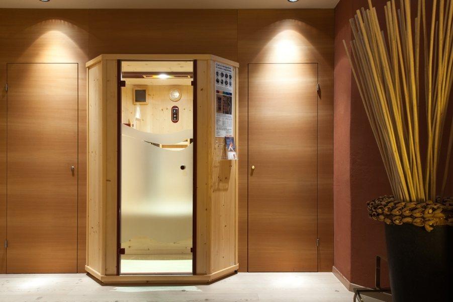 sauna bereich businessresort parkhotel werth bozen s dtirol. Black Bedroom Furniture Sets. Home Design Ideas