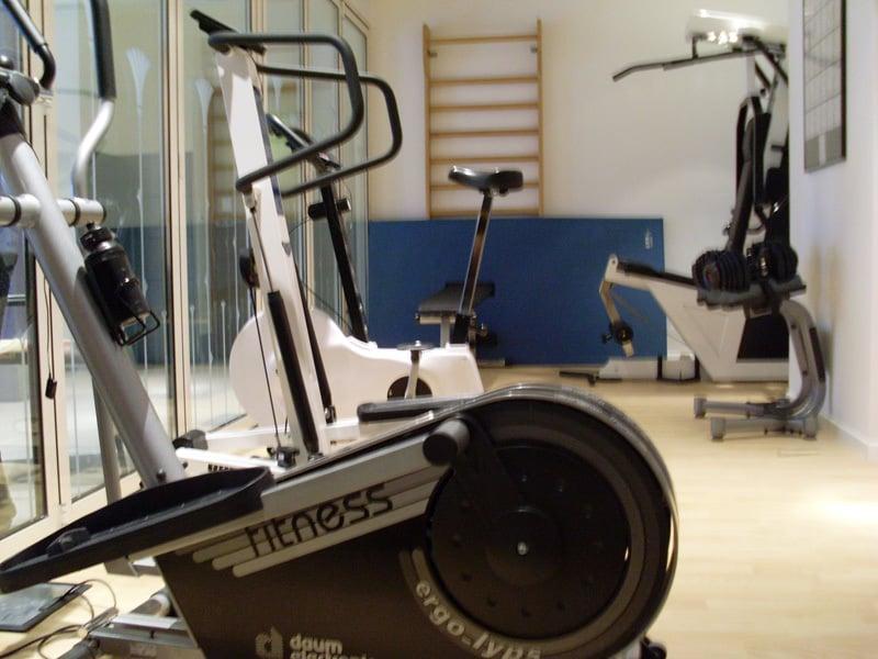 fitnessraum businessresort parkhotel werth bozen s dtirol. Black Bedroom Furniture Sets. Home Design Ideas