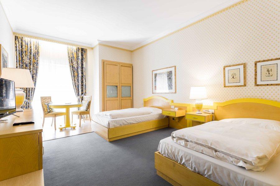 zweibettzimmer businessresort parkhotel werth bozen s dtirol. Black Bedroom Furniture Sets. Home Design Ideas