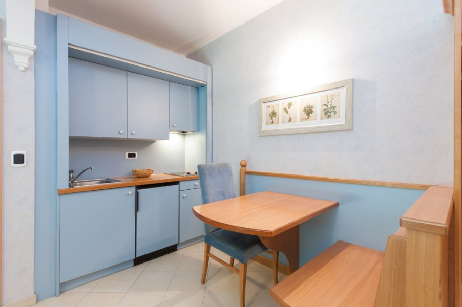 "Apartment Suite - Whirlpool ""Jacuzzi"" - Businessresort Parkhotel ..."